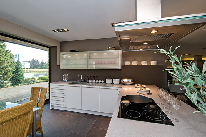 kche bielefeld great oetker a bielefeld dr oetkers rezepte fr kche und with kche bielefeld. Black Bedroom Furniture Sets. Home Design Ideas